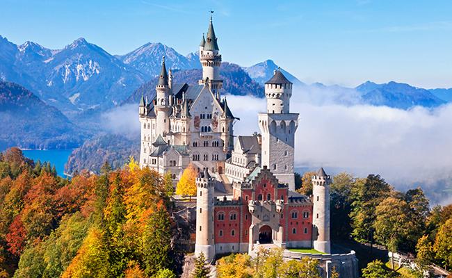 Lâu đài Neuschwanstein - Đức